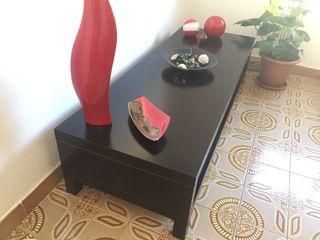 Mueble de tele IKEA color marrón oscuro