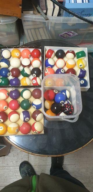 bolas de billar las 4 cajas 50 euros OFERTA!!