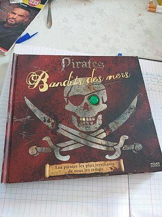 bandits de.mer livre piraterie