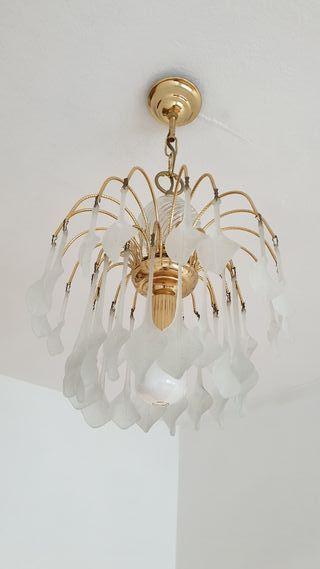 lámpara clásica con cristales ahumados