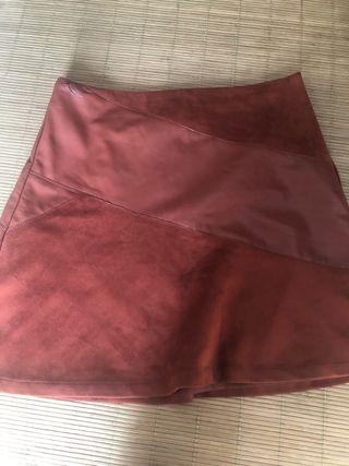 Falda piel combinada