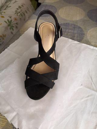 Cómoda sandalia