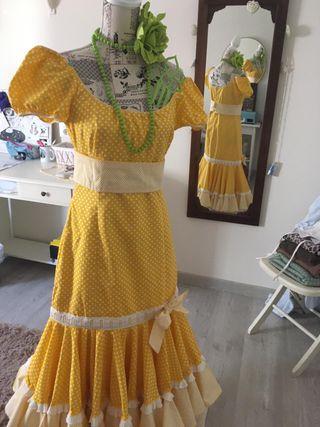 Traje de gitana amarillo