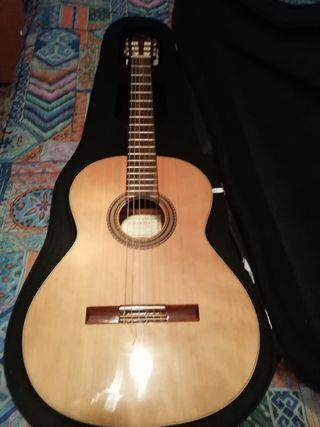 guitarra alambra 1C