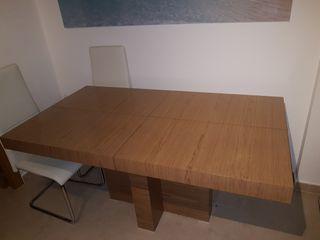 Mesa de salón.