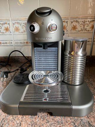 Cafetera Nespresso Gran Maestría