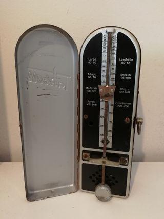 Metrónomo Wittner Taktell metálico Vintage