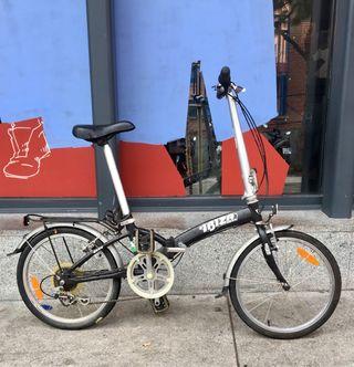 Bicicleta plegable BH con cierres Dahon