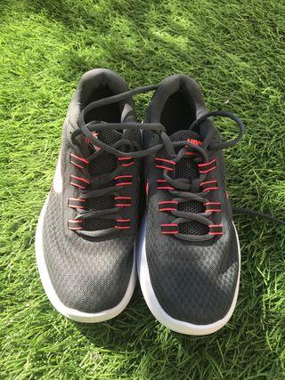 Bambas Nike talla39
