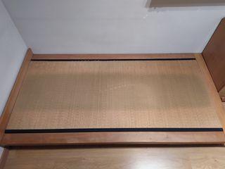 Futon + tatami (cama japonesa)