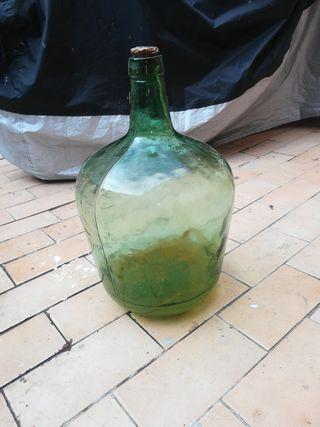 Antigua botella garrafa o damajuana años 60