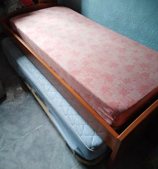 BARATO---Vendo cama Juvenil + otra cama de debajo