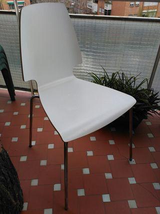 Silla de madera Ikea Vilmar