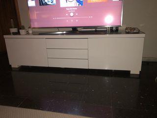 Mueble Televisor IKEA COMO NUEVO