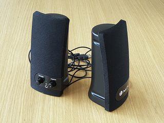Altavoces por USB o jack