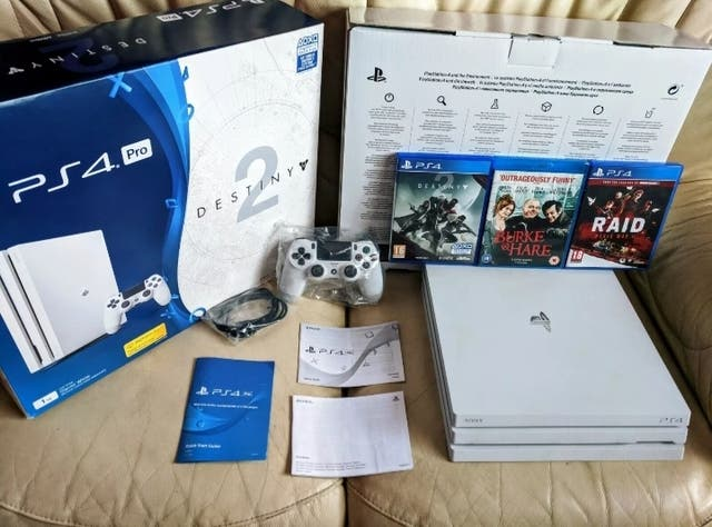 PS4 Pro 1TB Limited Edition Destiny 2 boxed