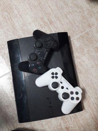 PlayStation3 500GB con23 juegos y caja origuinal