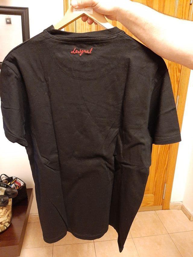 camiseta de hombre desigual