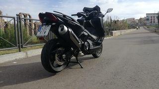 YAMAHA T-MAX SX530