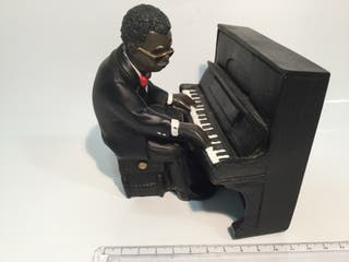 Músico jazz piano