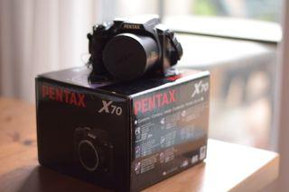 Cámara fotográfica Pentax X70