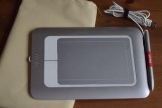 Tableta digitalizadora Wacom bamboo fun