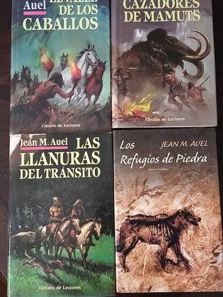 4 libros de Jean M. Auel