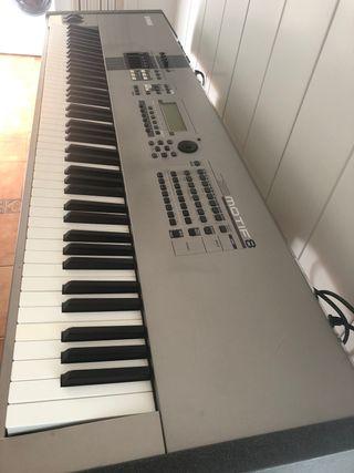 Sintetizador Yamaha Motiff 8 , 88 teclas