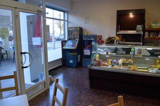 Local Bar-Cafetería cerca Supermercado y Colegio