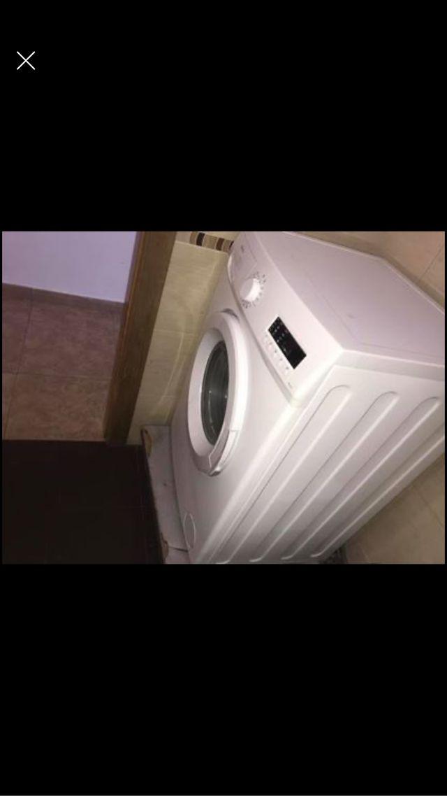 Lavadora nueva usada 3 meses