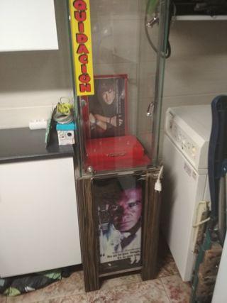 vitrina estanteria cristal
