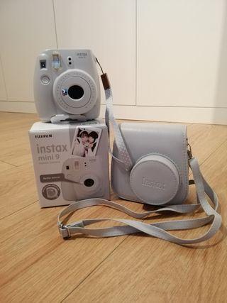 Instax Mini 9 de Fujifilm + Funda + 10 fotos