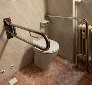 Barras de baño para minusválidos