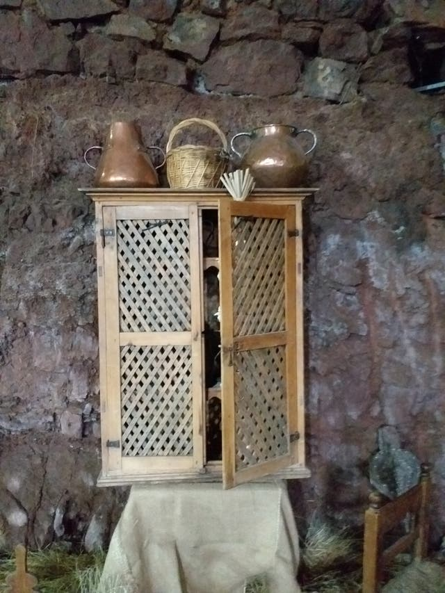 Alacena antigua