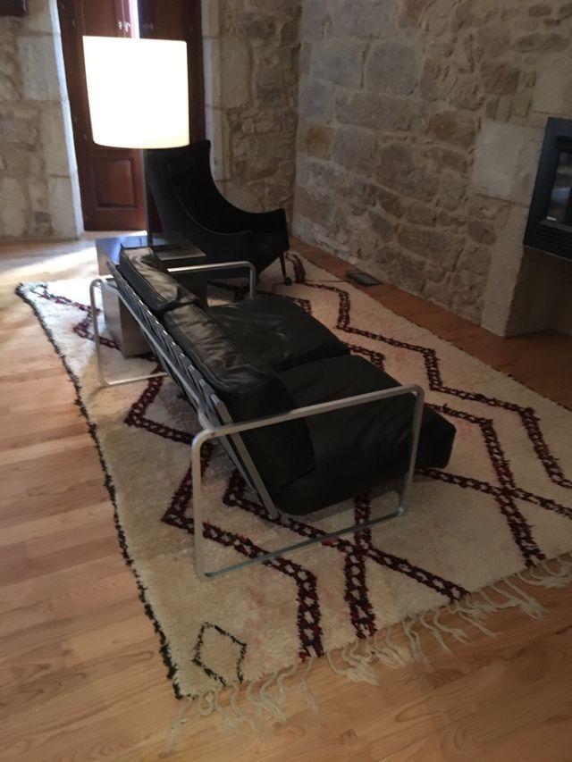 Preciosa y auténtica alfombra bereber de segunda mano por ...