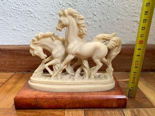 Figura caballos