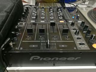 Mesa Mezclas Pioneer 4 canales + Micro