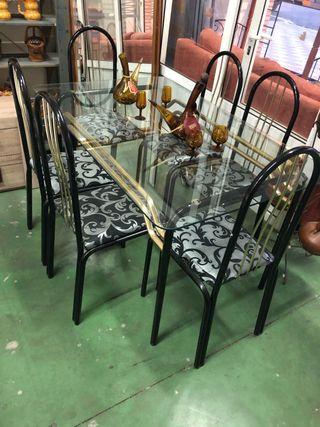 Mesa + 6 sillas negras tapizadas
