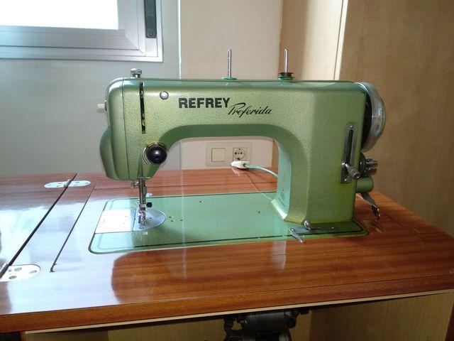 Maquina de coser Refrey Preferida de segunda mano por 50
