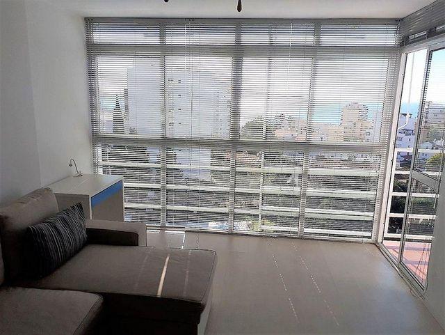 Apartamento en alquiler en Torrequebrada en Benalmádena (Benalmádena, Málaga)