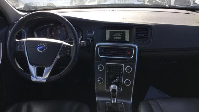 Volvo V60 Cross Country D4 Summum 140 kW (190 CV)