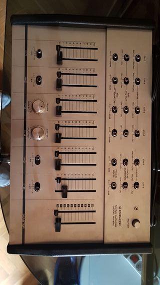 Mesa de mezclas Pioneer Mixing Amplifier MA-62