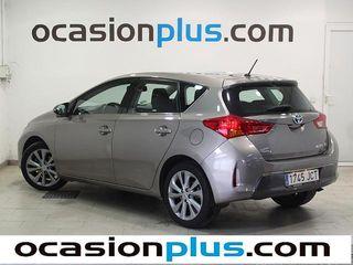 Toyota Auris Hybrid Active 100 kW (136 CV)