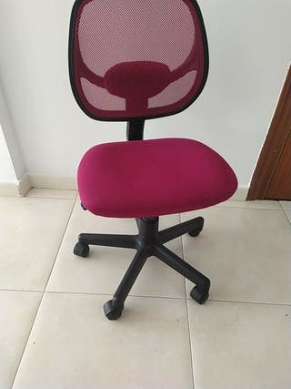 Silla de escritorio. altura 44 cm