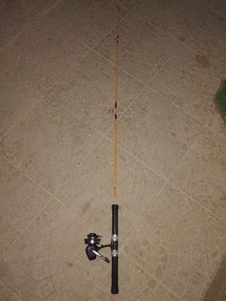 Caña pescar. Marca Kopesca. 1,40 m