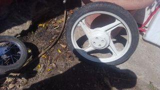 rueda vespino f9