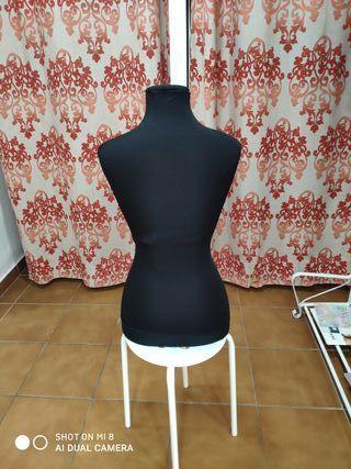 maniquí costura