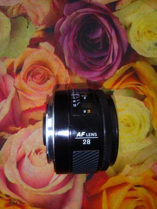 Objetivo Minolta af 28mm f 2.8