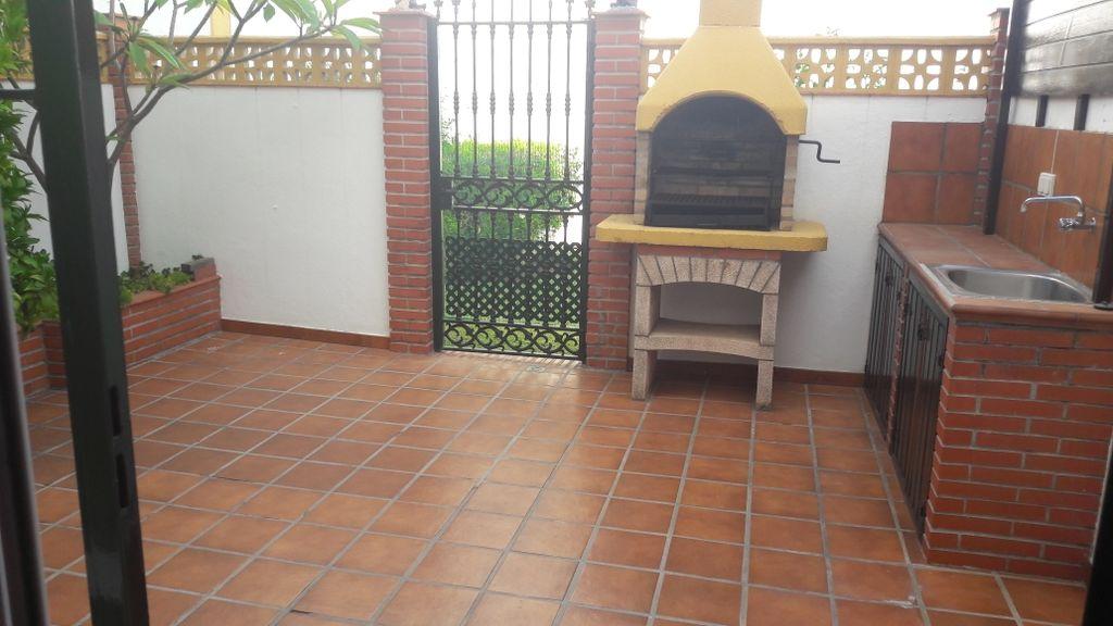Bonita cada adosada (San Pedro Alcántara, Málaga)
