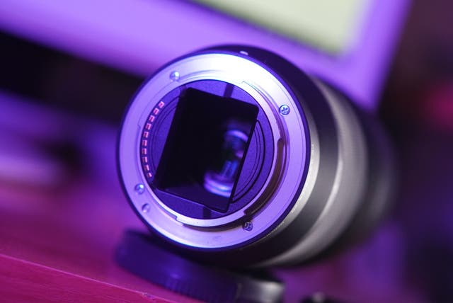 Objetivo Sony FE 28-70 f3.5-5.6
